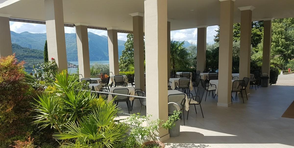 Mondo Attività: Albergo Ristorante sul Lago d'Iseo(4)