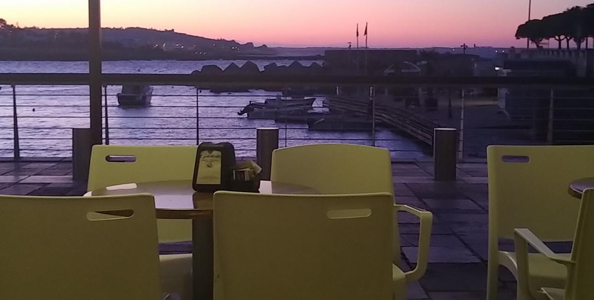 Mondo Attività: Vendesi Bar con Gelateria in provincia di Lecce(7)