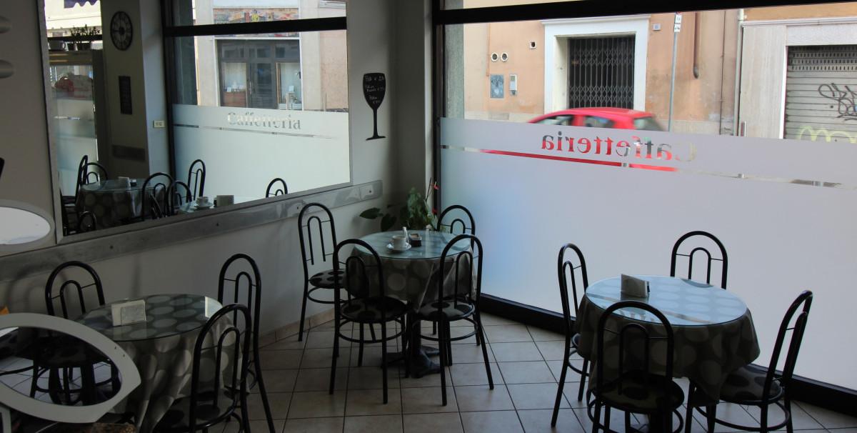 Mondo Attività: Bar con Rivendita Giornali a Brescia, zona Mompiano(5)
