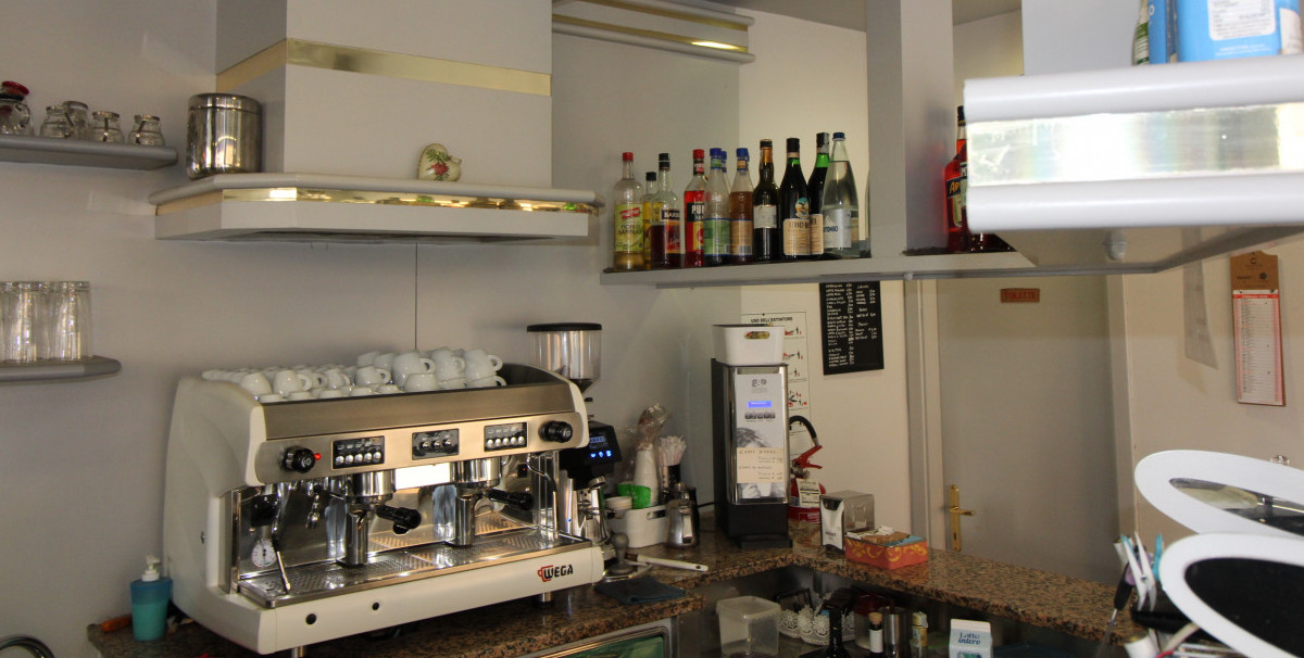 Mondo Attività: Bar con Rivendita Giornali a Brescia, zona Mompiano(13)