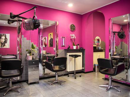 Cedesi attività di Parrucchiere ed Estetica a Milano
