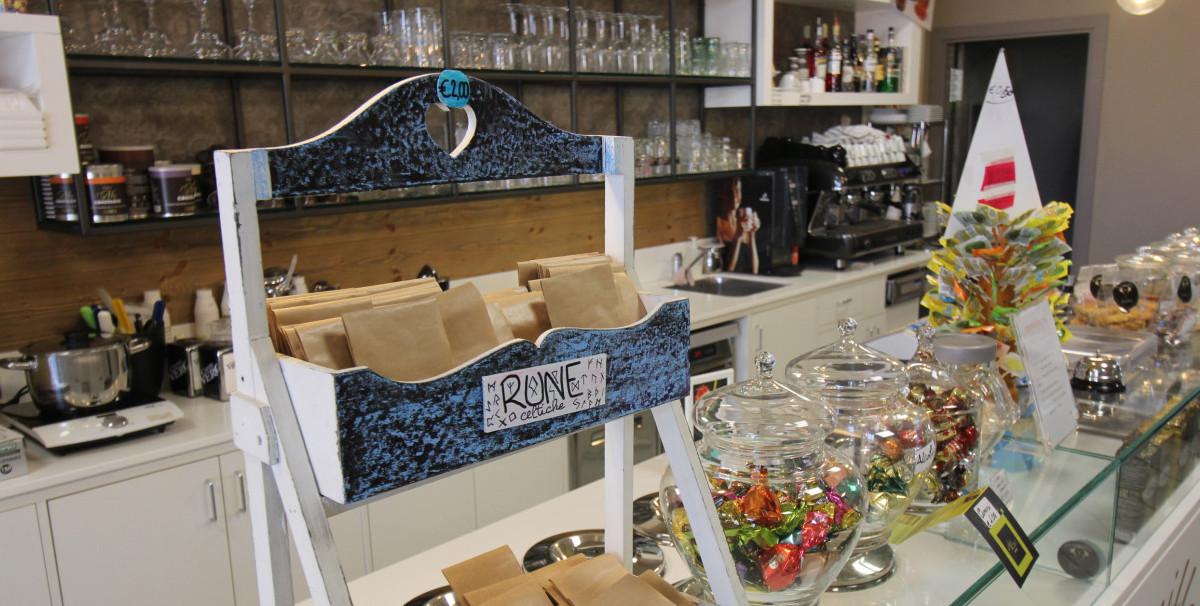 Mondo Attività: Caffetteria con Gelateria artigianale a Brescia(20)