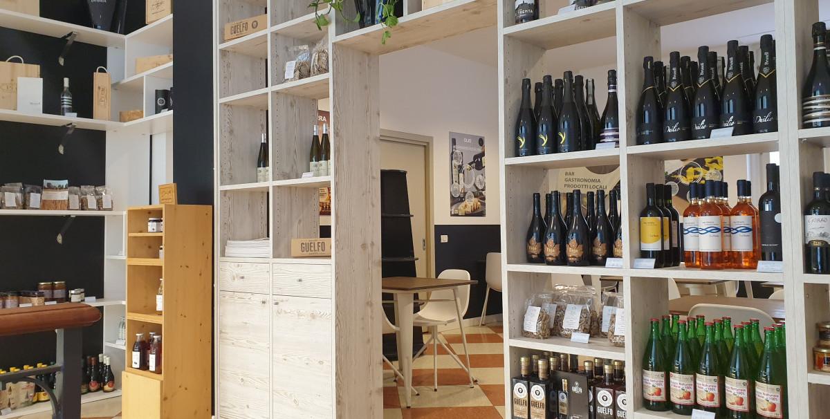 Mondo Attività: Bar con Tavola Fredda a Brescia, zona Tribunale(7)