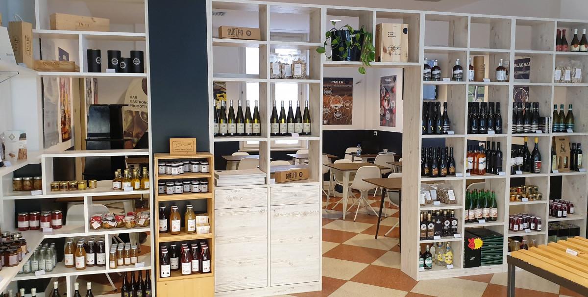 Mondo Attività: Bar con Tavola Fredda a Brescia, zona Tribunale(2)