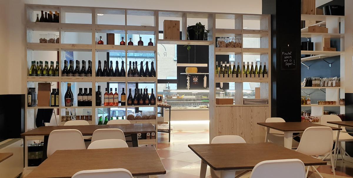 Mondo Attività: Bar con Tavola Fredda a Brescia, zona Tribunale(8)