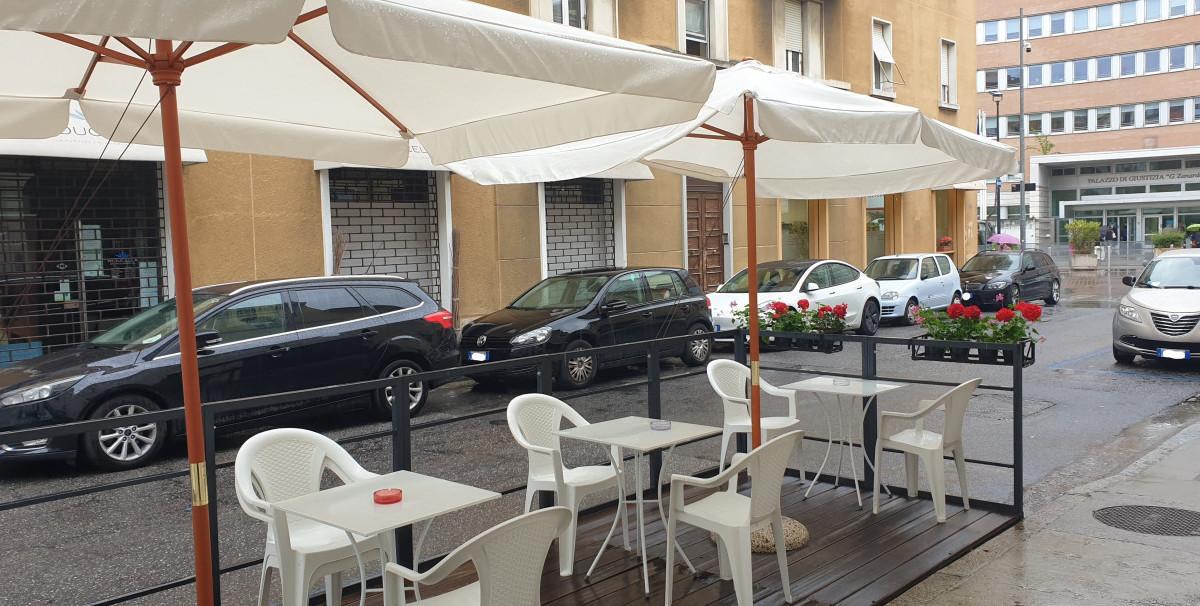Mondo Attività: Bar con Tavola Fredda a Brescia, zona Tribunale(15)