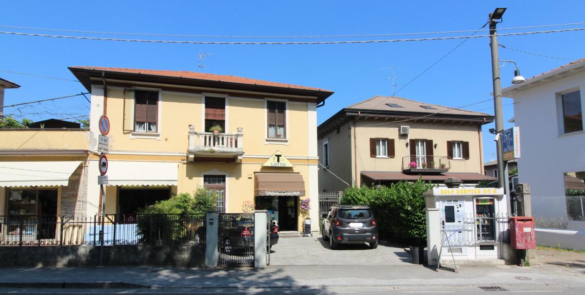 Mondo Attività: Tabaccheria a Brescia, zona Chiesanuova(3)