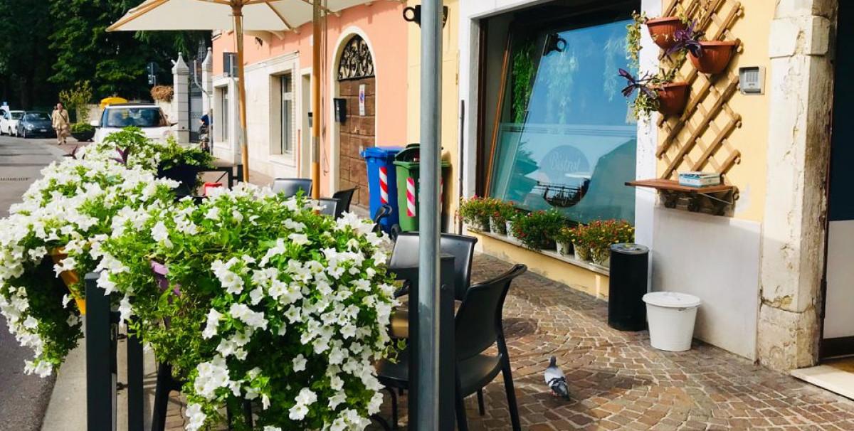 Mondo Attività: Elegante Bistrot a Brescia, zona Borgo Trento(10)