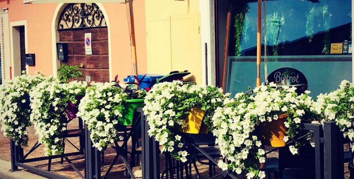 Mondo Attività: Elegante Bistrot a Brescia, zona Borgo Trento(9)