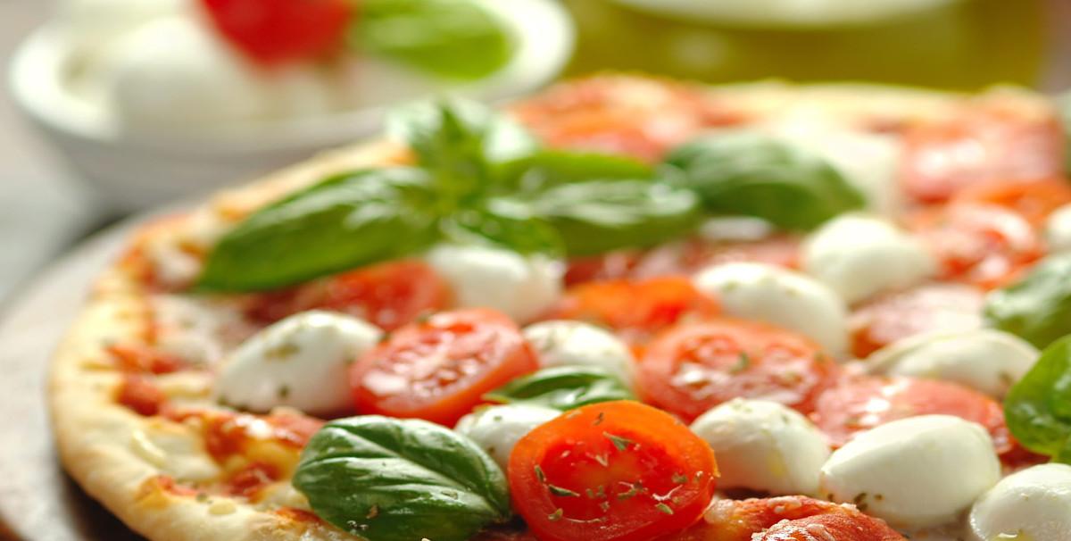 Mondo Attività: Bar con Ristorazione e Pizzeria a Garda(4)