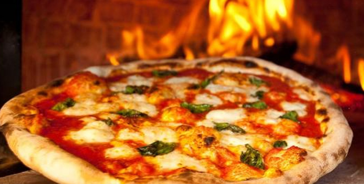 Mondo Attività: Bar con Ristorazione e Pizzeria a Garda(5)